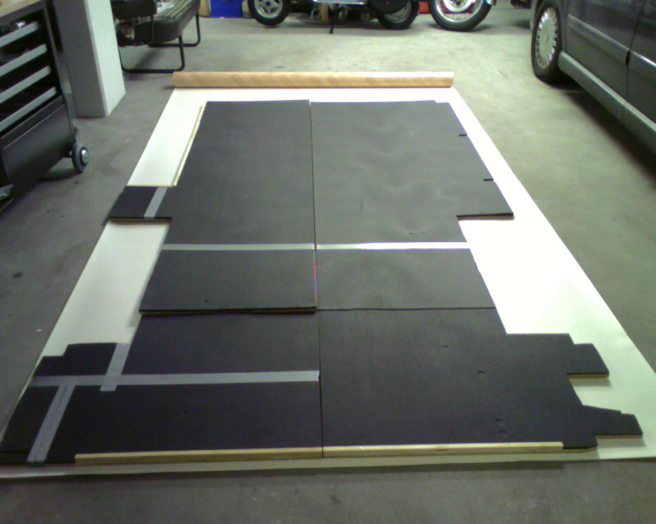 pvc boden zurechtschneiden 0212 projekt chevy van g30. Black Bedroom Furniture Sets. Home Design Ideas
